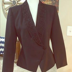 Black Le Suit Petite blazer 6P